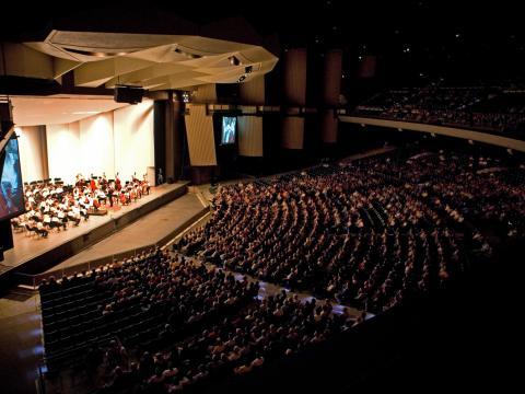 La Philadelphia Orchestra toca para una cautivada audiencia