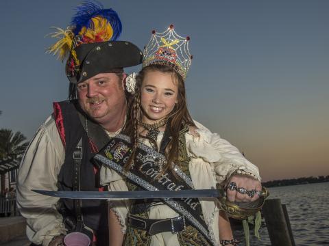 Disfrazados para el Louisiana Pirate Festival en Lake Charles