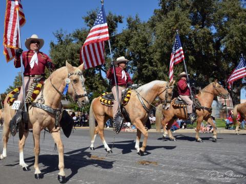 El Pioneer Day Parade en Paso Robles, California
